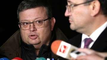 Главният прокурор увери, че се работи усилено по издирването на Арабаджиеви