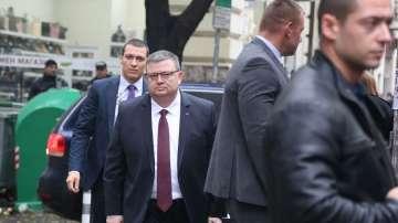 Сотир Цацаров ще разговаря с парламентарната група на НФСБ
