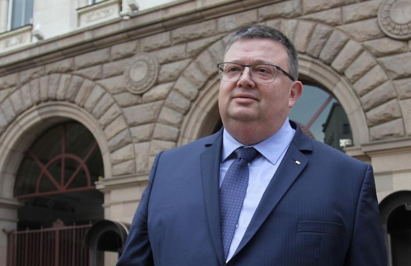 Цацаров разпореди проверка за изплащането на партийните субсидии за 2018 година