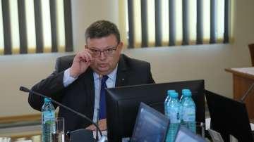 Главният прокурор определи изборния процес като по-спокоен от предишните