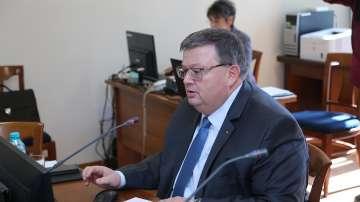 Цацаров изиска от ДАНС информация за банкови сметки и имоти на висши чиновници