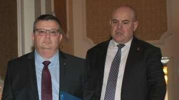 Иван Гешев встъпва в длъжност на 18 декември?