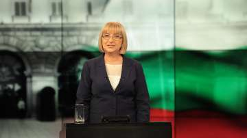 Цачева печели вота в Турция