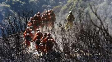 Разраства се пожарът в Калифорния