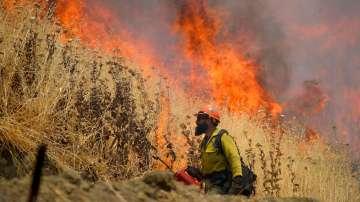 Разрастват се пожарите в Калифорния
