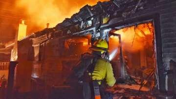 Огнен ад в Калифорния - над 3200 души са евакуирани от домовете си