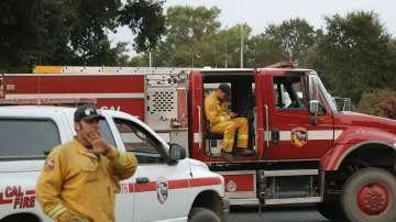 Продължава борбата с горските пожари в Калифорния