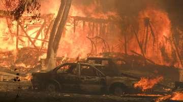Петима души са загинали от пожарите в Калифорния