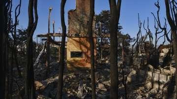 Над 1000 са в неизвестност след пожарите в Калифорния