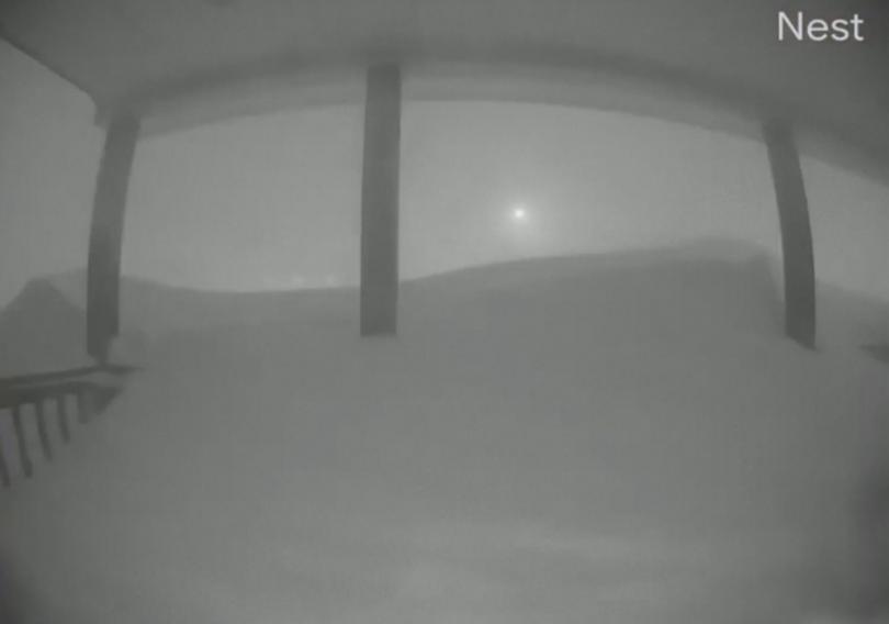 Канадската армия изпрати войници на помощ в затрупаната от снежни