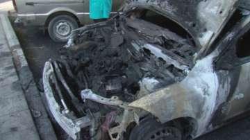 Кола изгоря на паркинг в Благоевград