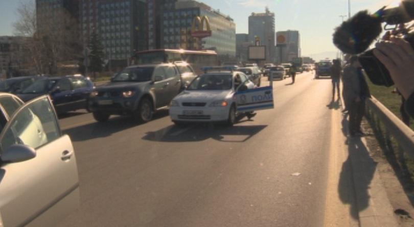 верижна катастрофа предизвика километрично задръстване цариградско шосе