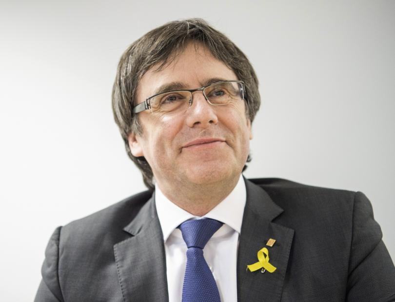 Испания отмени международните заповеди за арест и исканията за екстрадиране