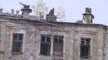 Започва обезопасяването на района около Царските конюшни след пожара