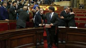 От нашите пратеници: Каталунският парламент гласува за отцепването на областта