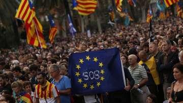 Несигурност в Каталуния след отложената независимост