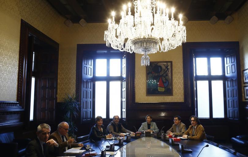 започна първото заседание новия каталунски парламент