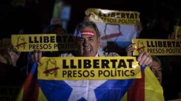 Хиляди каталунци протестираха срещу ареста на министри