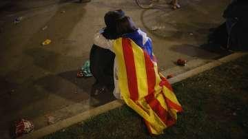 Испания посрещна националния си празник с политическа криза