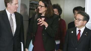 Тристранна среща между ЕС, Япония и САЩ за новите американски тарифи