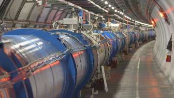"""Екип на """"По света и у нас"""" посети колайдера и детектора в ЦЕРН"""