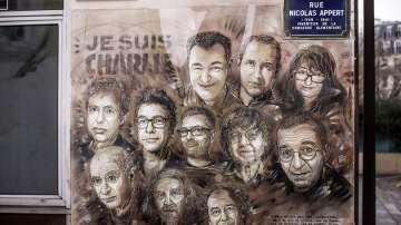 Пет години след атаката срещу Шарли Ебдо: Спомени и предизвикателства