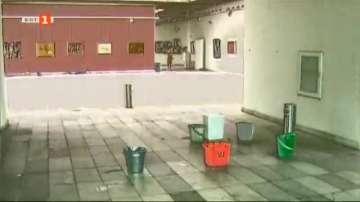 Частен случай: Русенската художествена галерия тъне в разруха