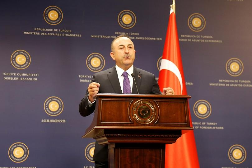 турският външен министър пристига тридневно посещение великобритания