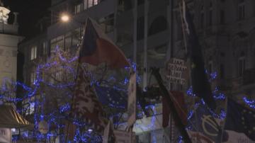 Многохиляден протест срещу премиера на Чехия