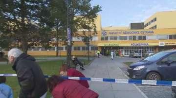 Шест жертви след стрелба в поликлиника в Чехия