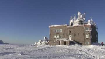 Мъж почти замръзна на Витоша, след като не са го пуснали в заслона на Черни връх