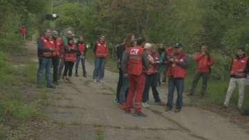 Екипи на Червения кръст от цял свят провеждат полево обучение в село Лозен
