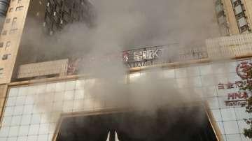 Десет загинали при пожар в хотел в Китай