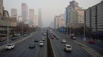 Китай ще спира дизеловите и бензинови автомобили