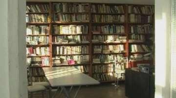 Изоставена автоспирка се превърна в народно читалище