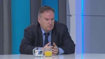 проф. Владимир Чуков: Много проблеми са се наслоили в британското общество