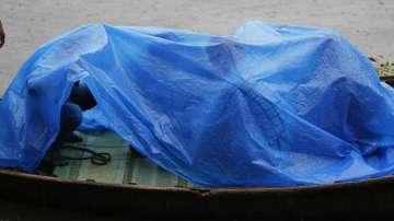 Циклон взе жертви в Индия и Бангладеш