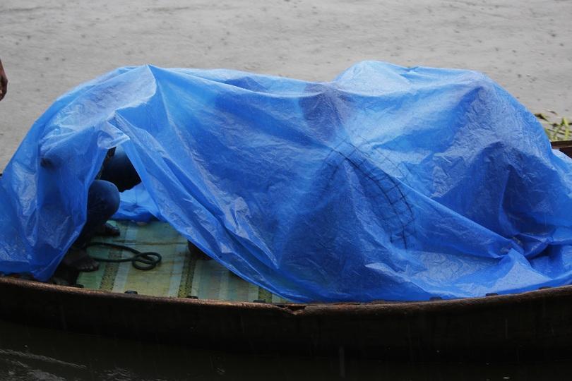Снимка: Циклон взе жертви в Индия и Бангладеш
