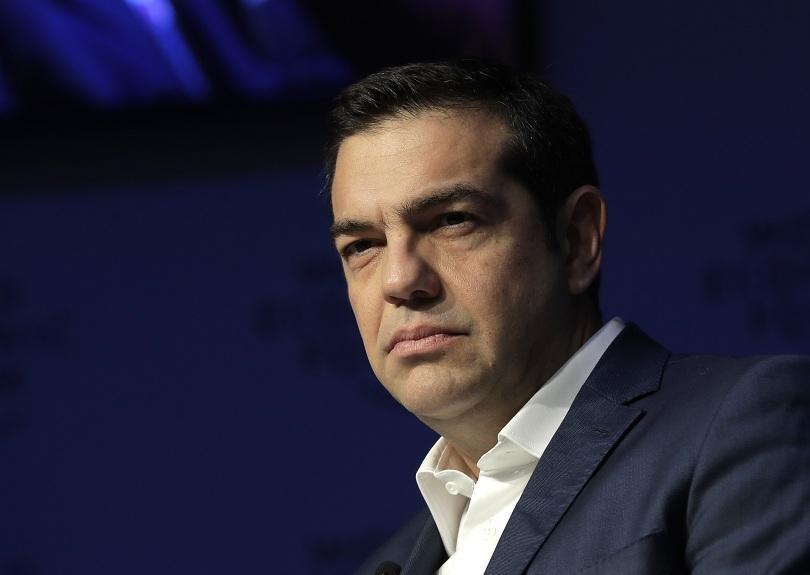 гръцкият премиер ципрас посети крайбрежния град мати опустошен пожари