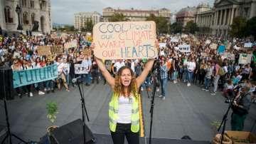 Стотици хиляди участват в Глобална стачка за климата