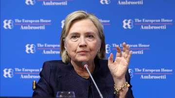 Хилари Клинтън определи Тръмп като реална заплаха за американската демокрация