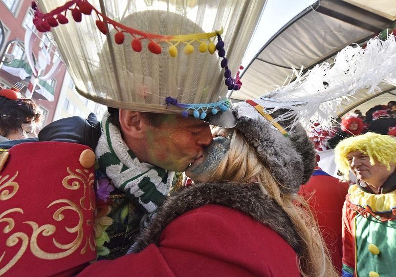 снимка 3 Женски карнавал в Кьолн