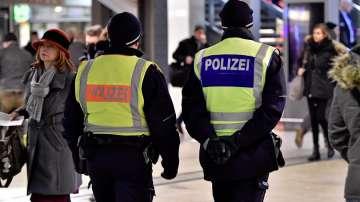 Полицията в Кьолн забрани демонстрация на Нова година