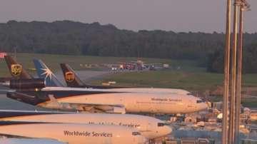 Самолет кацна извънредно в Кьолн, заради съмнение за терористи на борда