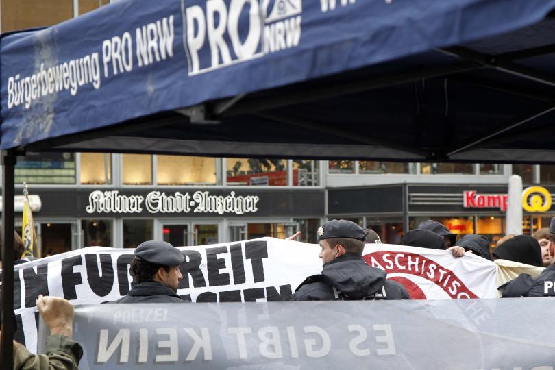 снимка 4 Кой е виновен за нападенията в Кьолн?