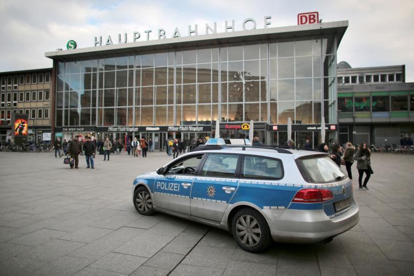 снимка 5 Кой е виновен за нападенията в Кьолн?