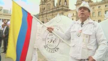Мирното споразумение между Колумбия и Фарк влиза сила