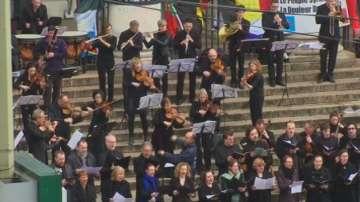 Концерт в център на Брюксел в памет на жертвите