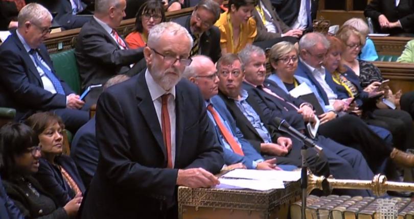 Преди днешното разпускане на британския парламент, депутатите гласуваха да бъдат
