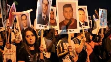 Годишнината от опита за преврат в Турция бе отбелязана на много места по света